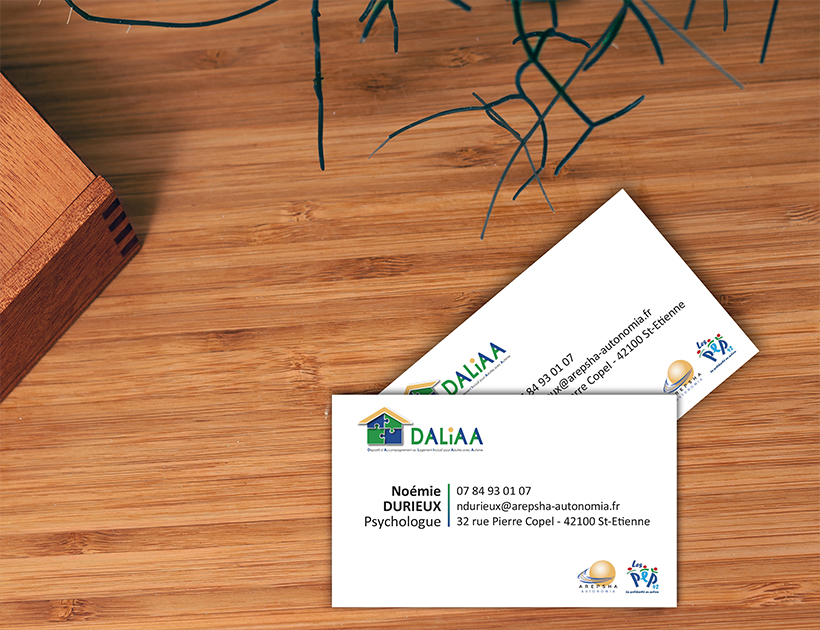 Carte de visite Daliaa, Autonomia